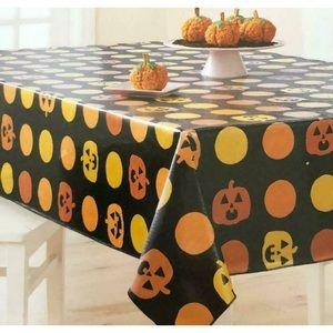 Pumpkins & Circles Vinyl Halloween TABLECLOTH